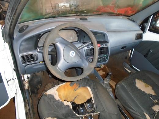 LOTE 01: FIAT STRADA FIRE, ano 2002 e modelo 2003, placas MCR 3371
