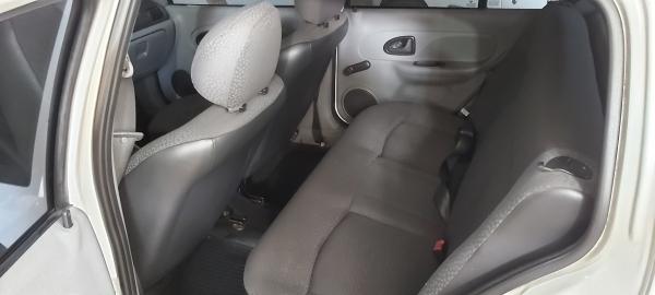 LOTE 02: I RENAULT CLIO CAM 1016 VH, ano 2010 e modelo 2011, Placas MHW 4592