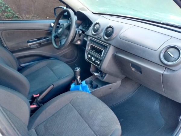 LOTE 01: VW NOVO GOL 1.0, ano e modelo 2014, placas MMH 5874, renavam 1005283475, cor branca, Álcool