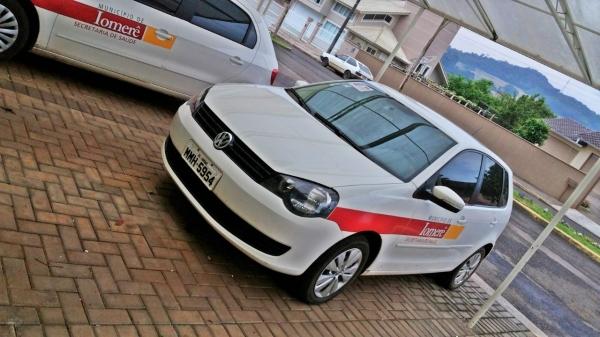 LOTE 02: VW POLO 1.6, ano e modelo 2014, placas MMH 5954, renavam 1005285168, cor branca, Álcool/Gas