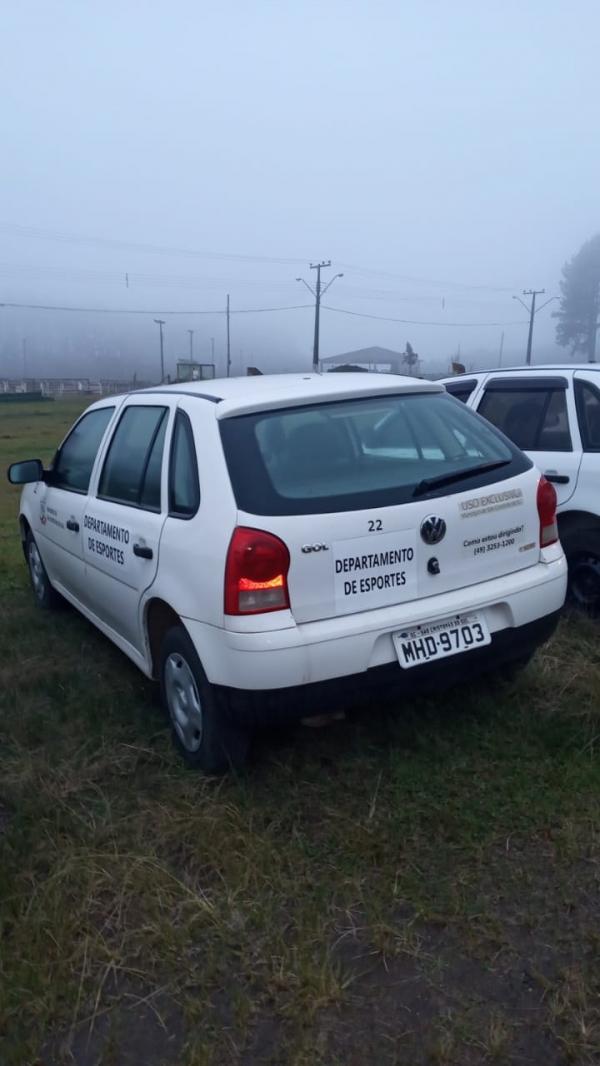 VW GOL 1.0 G IV, ano e modelo 2009, placas MHD 9703, renavam 133741818, cor branca, álcool e gasolin