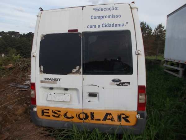 LOTE 02: FORD TRANSIT 350l BUS, ano e modelo 2009, placas MHN 2469